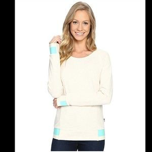 North Face long-sleeved crewneck top retro style